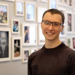 Артём Исайкин, ведущий встречи